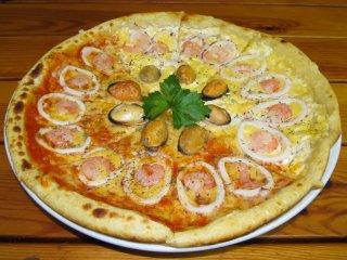 Пицца Морская с морепродуктами