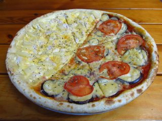 Пицца 50/50